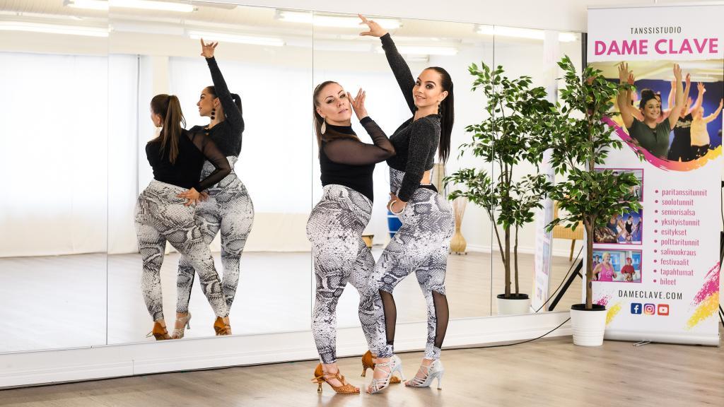 Bachata Ladies Style