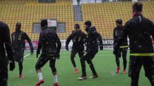 Olsson och McVey inför träningsmatchen mot Skövde